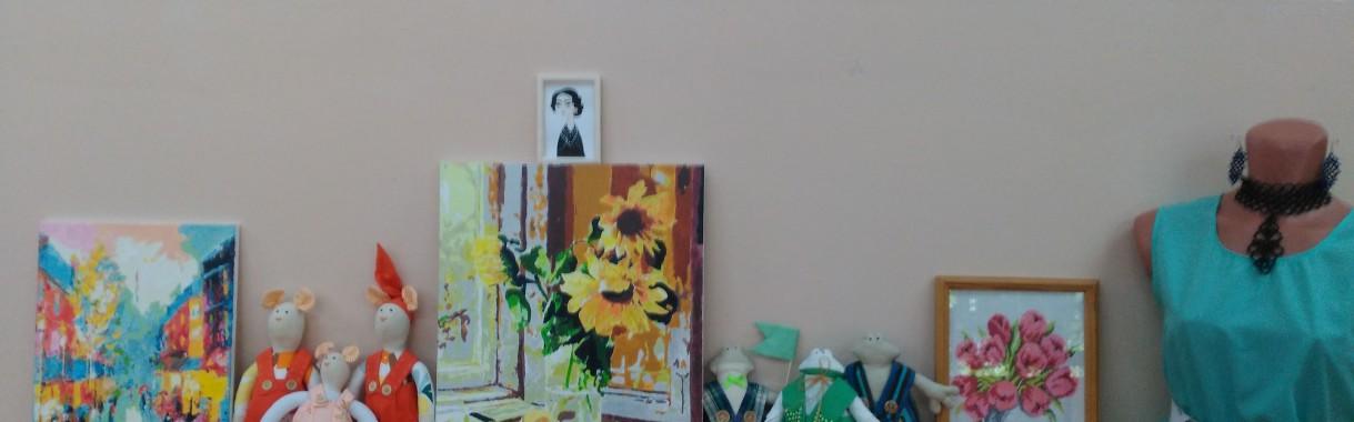 Отчёт об участии в районной выставке творческих работ                     « От увлечения к творчеству»                                                                                          В рамках областного конкурса « Звёзды Балтики»