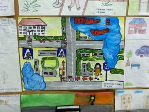 Выставка рисунков Мой безопасный путь в школу (1)